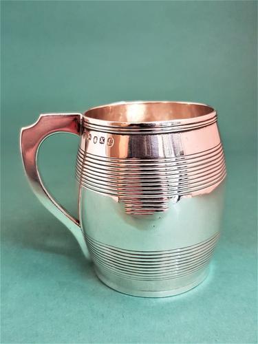 Fine Antique George III Small Silver Mug (1 of 1)