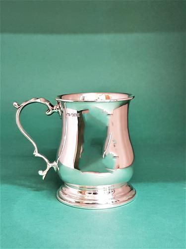 Fine Quality Silver Half Pint Mug (1 of 1)
