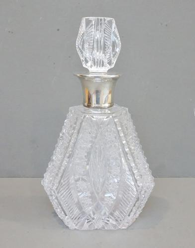 English Antique Cut Glass Decanter. Solid Silver Collar. Hallmarked Preece & Williscombe. London 1938 (1 of 10)
