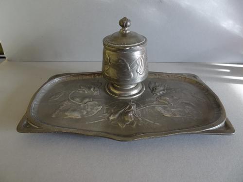 Kayserzinn Art Nouveau Pewter Desk Inkwell (1 of 1)
