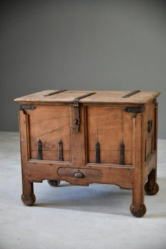 Indian Teak Iron Bound Dowry Chest (1 of 12)