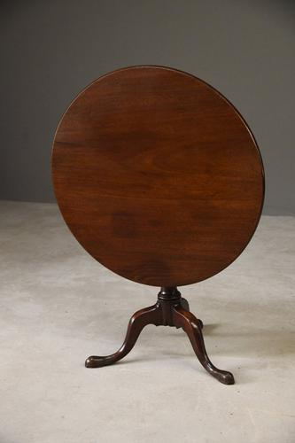 Georgian Mahogany Tilt Top Table (1 of 12)