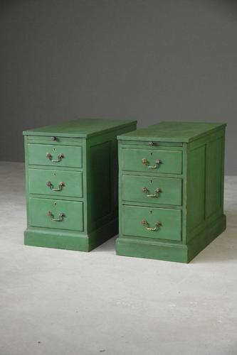 Pair of Green Pedestal Side Tables (1 of 12)