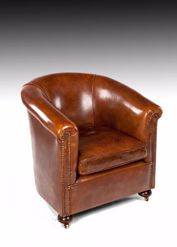 Quality Antique Leather Tub Armchair c.1910 (1 of 1)