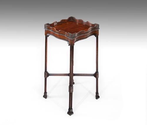 Late Victorian Mahogany George II Style Occasional Table / Kettle Stand (1 of 1)