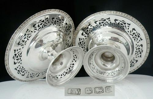 Pair of Silver Openwork Pedestal Dishes, Emile Viner, Sheffield 1933 (1 of 12)