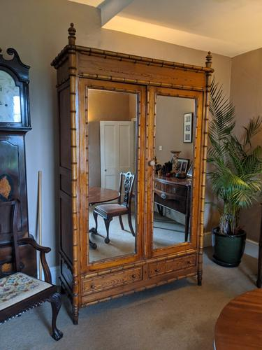Continental Pitch Pine Wardrobe (1 of 6)
