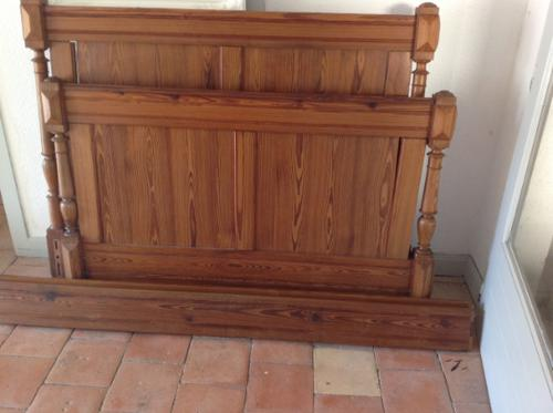 """19th Century French Antique Solid Pitch Pine 4'6"""" 140 Cm Rustic Rural Standard Double Bed (1 of 7)"""
