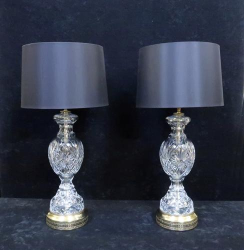 Pair of American Hollywood Regency Cut Crystal Glass Lamps attributed to Paul Hanson (1 of 8)
