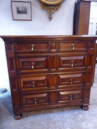 Late 17th Century Oak Chest of Drawers (1 of 5)