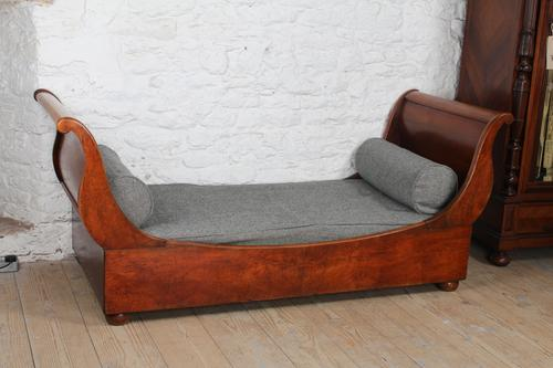 Very Attractive French Mahogany Day Bed (1 of 5)