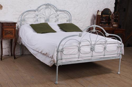 Early Victorian All Iron King Size Bedstead (1 of 10)