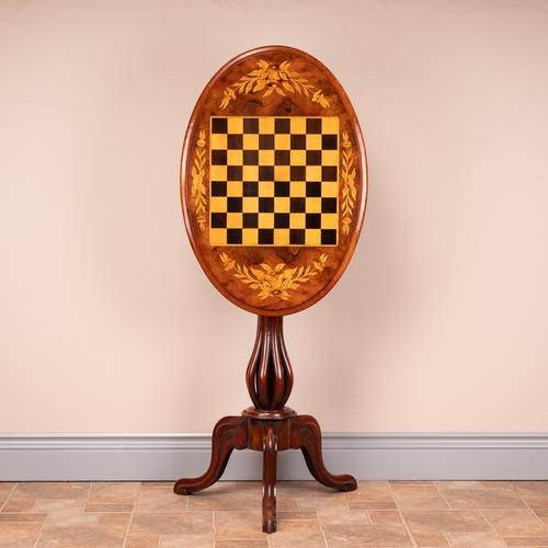 Good Quality Victorian Walnut Chess Table (1 of 13)