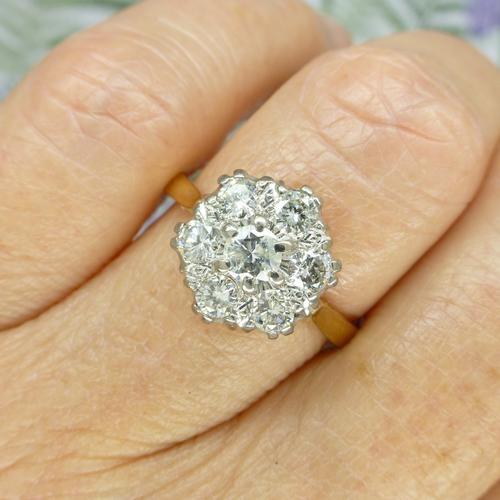 Vintage 18ct Gold Diamond Cluster Engagement Ring 0.95 Carats (1 of 10)