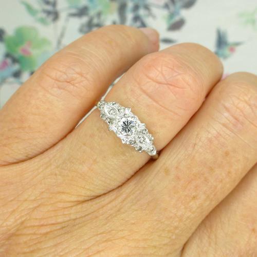 Vintage Art Deco 18ct Platinum Diamond Solitaire Engagement Ring 1930s (1 of 10)