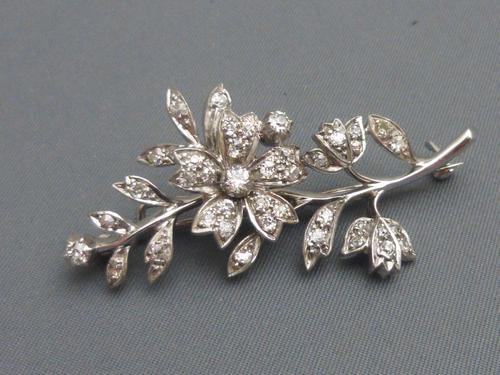 14ct Gold Diamond Brooch (1 of 5)