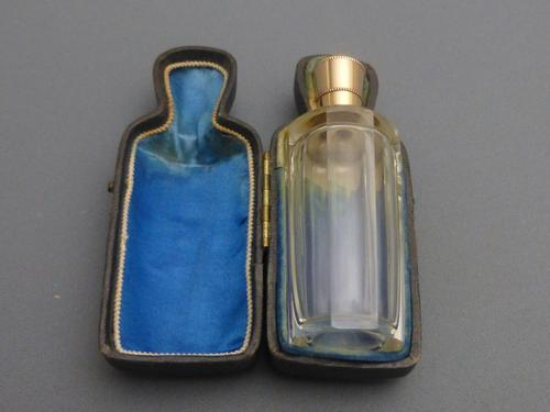 14ct Gold & Glass Perfume Bottle (1 of 7)