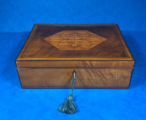18th Century Applewood Lead Based Lace Box (1 of 12)