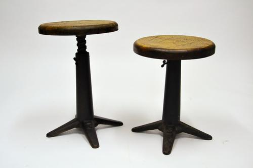 Round Singer Chairs (1 of 5)