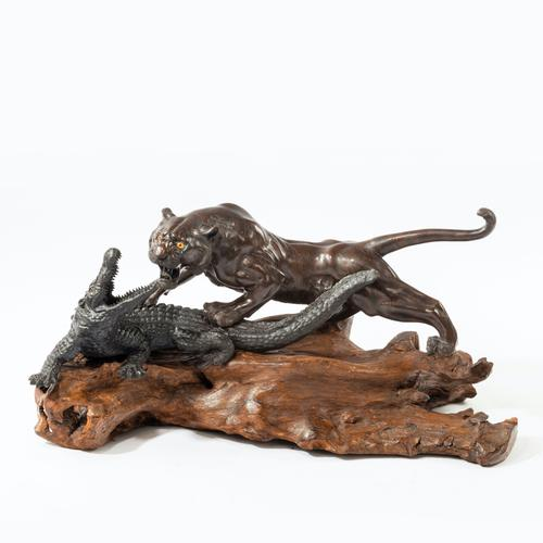 Meiji Period Bronze of a Tiger and An Alligator by Genryusai Seiya (1 of 6)