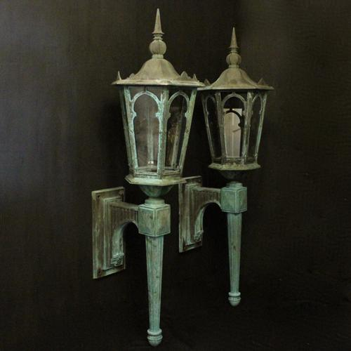 English Pair of Bronze Antique Wall Lanterns (1 of 14)