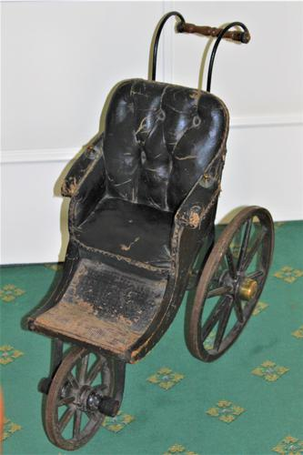 Childs Early Perambulator Ideal for a Collector of Antique Dolls. This Perambulator Is a Charming Example of a Victorian Pram (1 of 5)