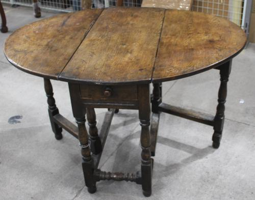 Small Oak Gateleg Table with Drawer c.1880 (1 of 7)