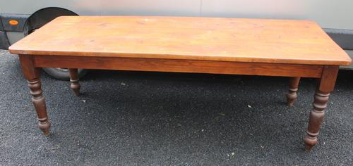 Large Pine Farmhouse Table on Turned Legs c.1900 (1 of 3)