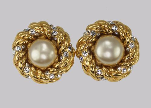 Vintage Chanel Faux Pearl & Crystal Earrings Clip on 1980s with Box Collection 23 (1 of 7)