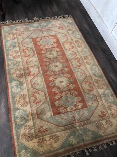 Large Vintage Turkish Rug 195 X 120 (1 of 5)
