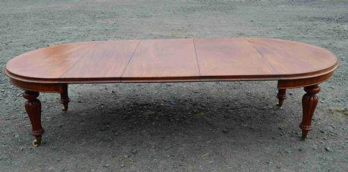 Mid Victorian Mahogany Extending Dining Table (1 of 3)