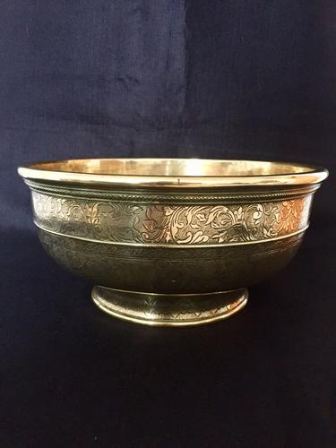 Large 18th Century Dutch Colonial Indonesian Brass Bowl (1 of 10)