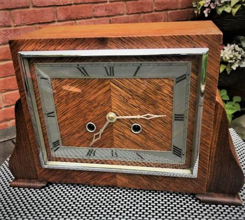 Classic 'Art Deco' Striking Mantle Clock From 1937 by Perivale 'Anvil Baden' of London (1 of 6)
