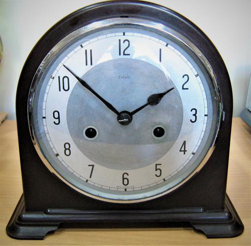 Delightful Late 1940s Bakelite Mantel Clock by Enfield (1 of 5)