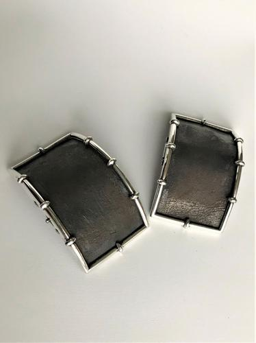 Handsome Pair of 18th Century Silver Shoe Buckles (1 of 6)
