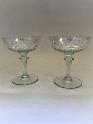 Lovely Pair of French Etched Champagne Bowls (1 of 6)