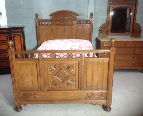 Arts & Crafts French Oak Bed (1 of 30)