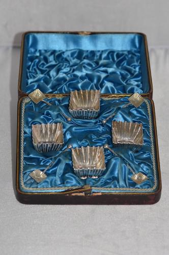 Cased Set of Four 1885 Victorian Silver Square Salt Cellars & Spoons (1 of 11)