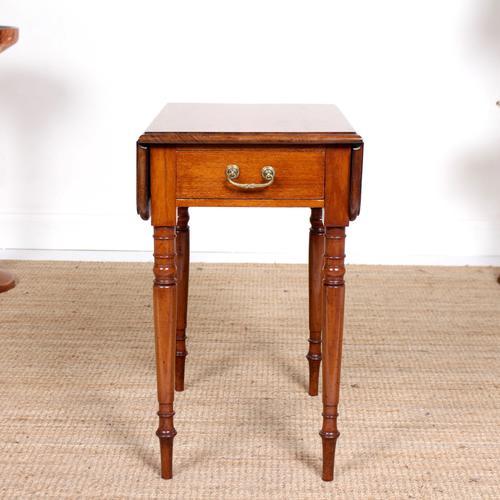 Victorian Petite Mahogany Drop Leaf Pembroke Table (1 of 11)