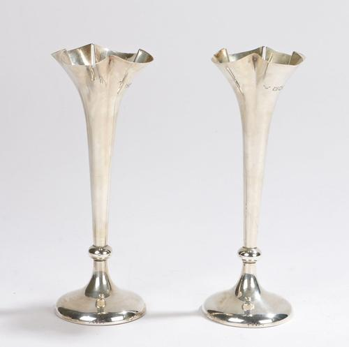 Antique Pair of Edwardian Silver Spill Vases (1 of 6)