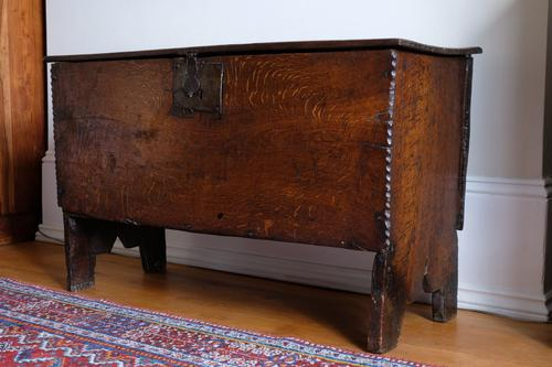17th Century Oak Six Panel Coffer, Gouged Borders, V Cut Ends (1 of 12)