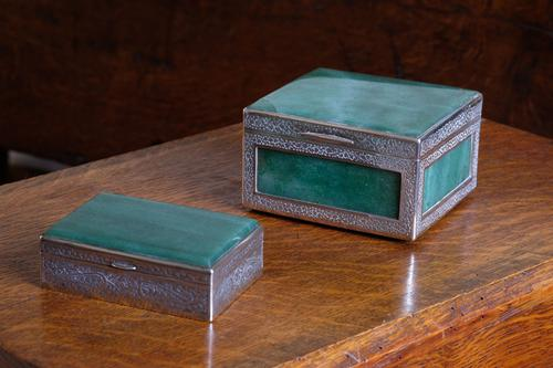 Two Jadeite & Silver Indian Mounted Boxes (1 of 8)