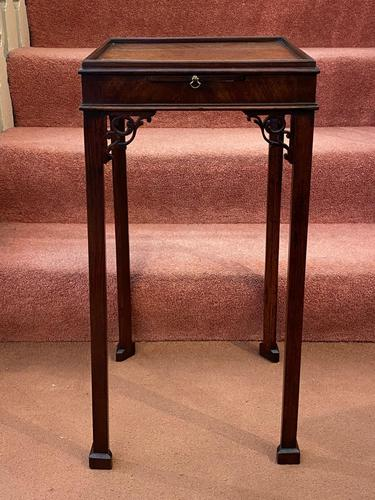 Late 18th Century Chippendale Period Solid Mahogany Urn Table (1 of 4)