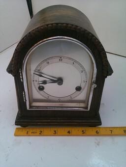 Very RAre Vintage Gustav Becker Mantel Clock in Full Working Order (1 of 6)