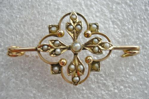 Pretty Antique Victorian 9ct Gold & Seed Pearl Brooch (1 of 3)