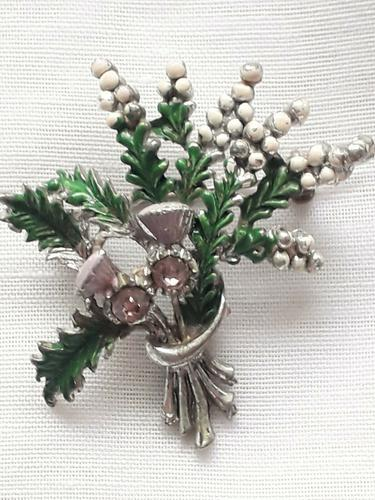 Vintage Exquisite Thistle & Heather Rhinestone Brooch Costume Jewellery Pin (1 of 6)