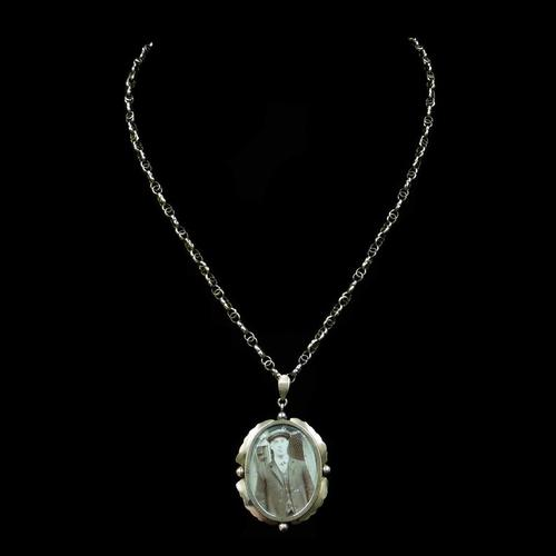Antique 9ct 9K Yellow Gold Oval Photo Locket & Fancy Chain Necklace (1 of 9)