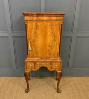 Burr Walnut Cupboard on Stand (13 of 15)