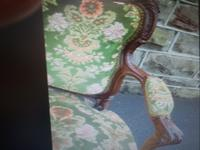 Very Nice French Carved Settee in Walnut c.1880 (3 of 4)