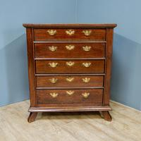 17th Century Oak Chest of Drawers (2 of 6)